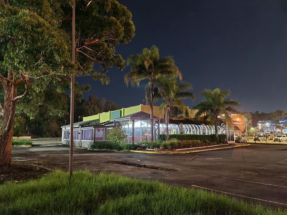 abandoned sizzler Campbelltown car park