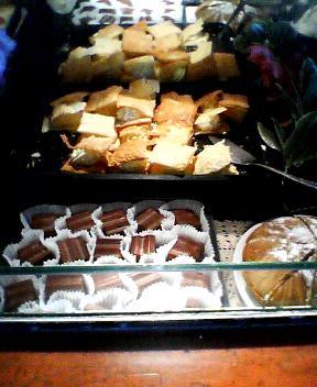 buffet cakes