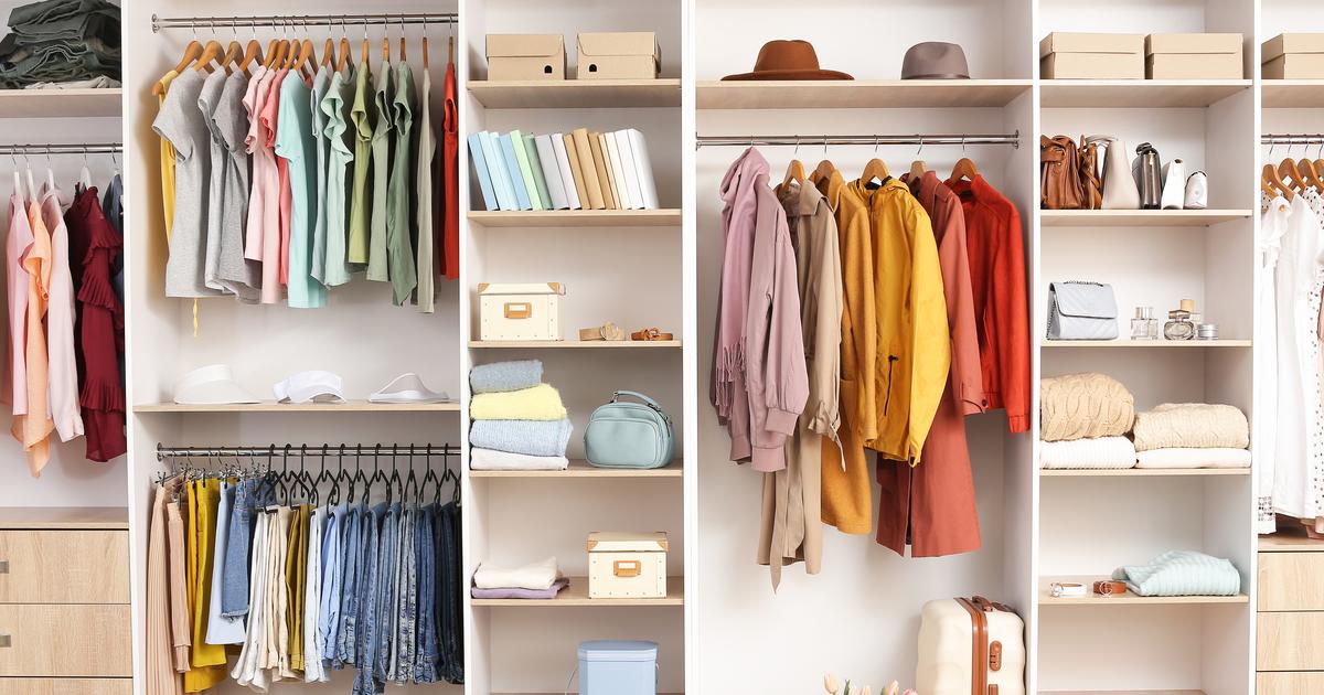 colour coordinate your clothes