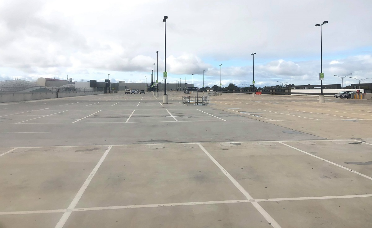 empty carpark at pacific werribee