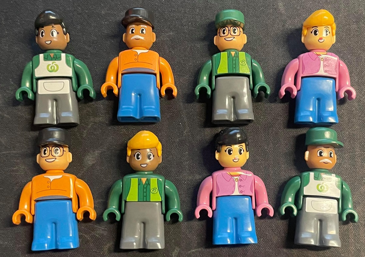 woolworths bricks figure pack box